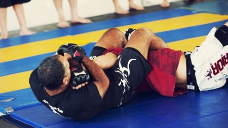 Elite Close Combat Training: Guerrilla Grappling